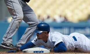 Dodgers-close-to-MLB-postseason-exit-Astros-continue-to-fight-back