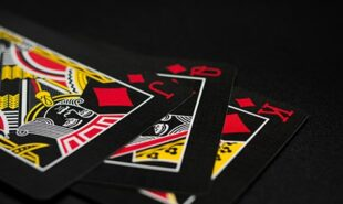 Poker-on-Screen-Dead Money-(2016)