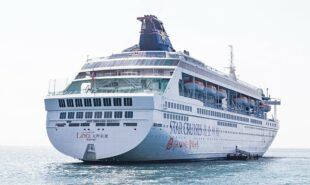 genting-cruise-lines-could-steer-singapores-cruises-to-nowhere
