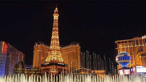 Las Vegas Strip di malam hari