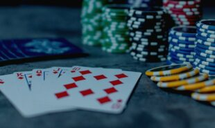poker-idols-justin-bonomo2-min