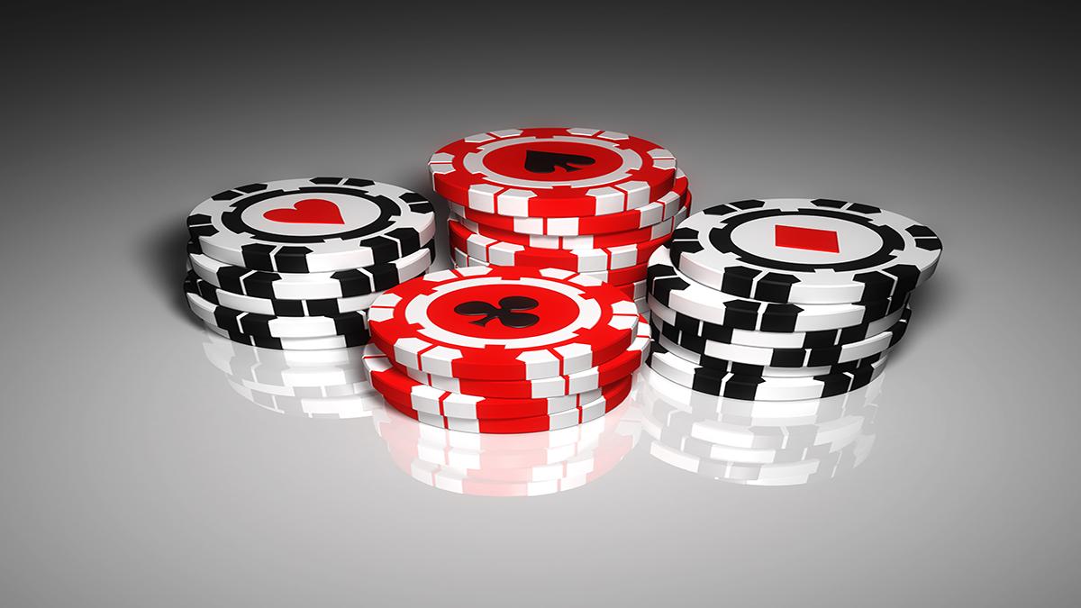 poker-chips-on-white-table