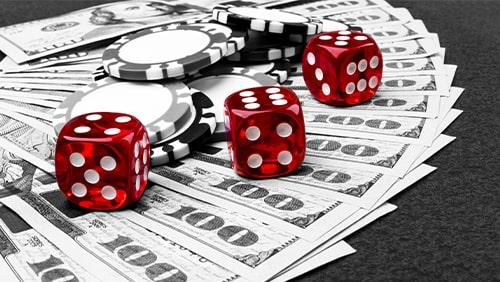 Poker dan uang tunai