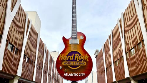 hard-rock-employees-in-at-least-two-states-to-receive-extra-money